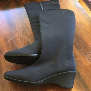 Hush Puppies soft style boots